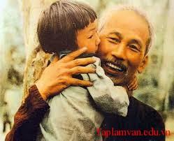 Bác Hồ đã dành cho toàn dân ta, đặc biệt là thiếu niên, nhi đồng một tình thương yêu bao la sâu nặng